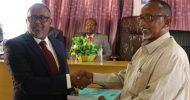 Sawirro: Wasiirka cusub ee Wasaaradda Deegaanka iyo Beeraha Puntland oo xilkii la wareegay.